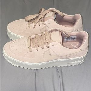 Nike Airforce 1 pink sand